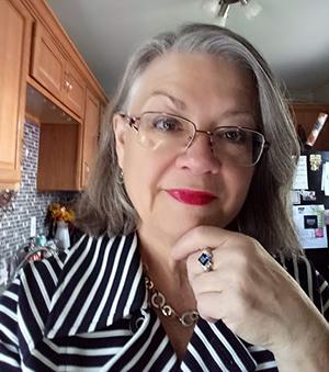 Portrait photo of Deborah Cull
