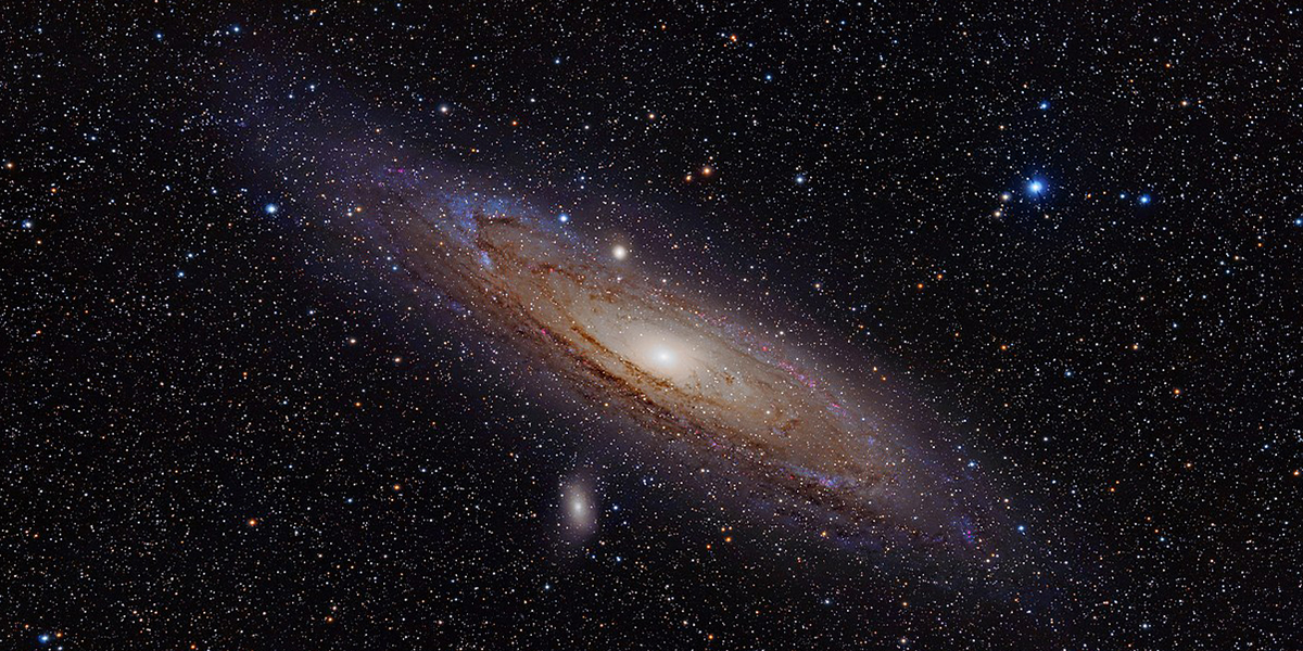 Image of Andromeda Galaxy (with h-alpha).
